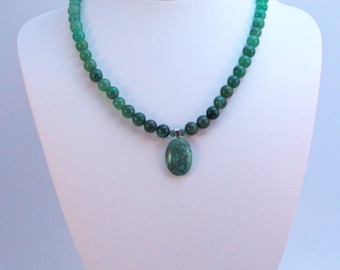 Elegant, delicate aventurine, turquoise and silver necklace