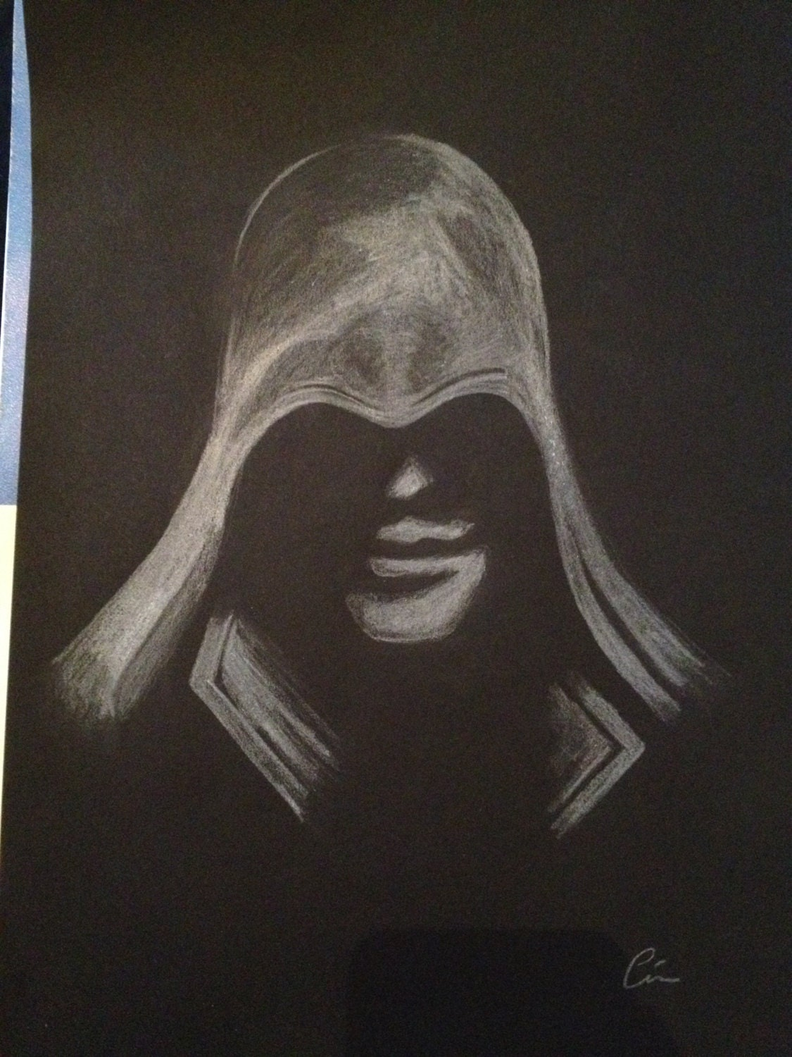 ezio assassin creed dessin blanc sur fond noir