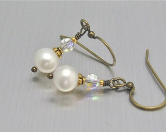 Cultured Pearl Earrings, White Freshwater Pearl Earrings, Crystal AB Swarovski, White Wedding, Bridesmaid Gift, Mother of the Bride
