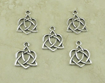 5 TierraCast Small Open Heart Celtic Knot Charms > Love Irish Triquetra - Fine Silver Plated Lead Free Pewter - I ship Internationally 2389