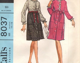McCall's 8037 Robe that Looks Like a Dress VINTAGE 1960s ©1965 Size Medium 14-16 Bust 34-36