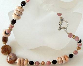 Agate Necklace Stone Necklace Pink Necklace Gemstone Necklace Natural Gemstones Statement Necklace Agate Jewelry Gift For Her Gift For Women