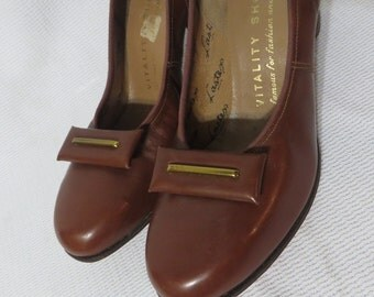 Vintage 40s Baby Doll Pumps Deadstock Shoes Rockabilly Swing Pinup VLV Leather Viva Leather 1940s WW2