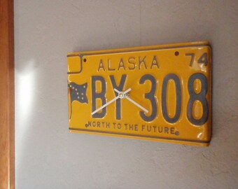 Vintage Alaska License Plate Clock - Recycled and Repurposed Wall Clock - Anchorage - Denali - FREE SHIPPING