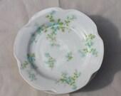 Set of 4 Vintage White Floral Haviland Limoges Bread and Butter Plates
