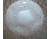 MaSSIVE VICTORIAN HATPIN - Faceted Opalescent Milk Glass - VeRY LoNG - Authentic 1900's Piece