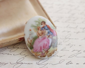 Antique Victorian Brooch Pin / Vintage Porcelain Brooch / Gone With The Wind