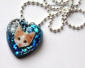 little girl jewelry, kitten necklace, cat necklace, kawaii cat, glitter heart, pendant necklace, resin heart, charm necklace, by isewcute