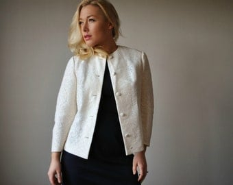 1950s Cream Knit Lace Jacket~Size Extra Small to Small