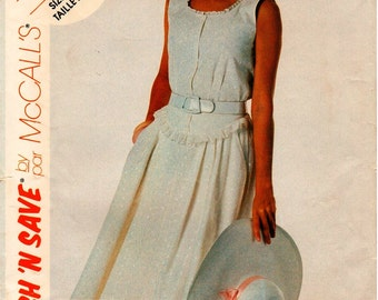 Vintage UNCUT McCall's Pattern 3703 - Misses Sleeveless Blouse with Scooped Neckline & Skirt - 10-14