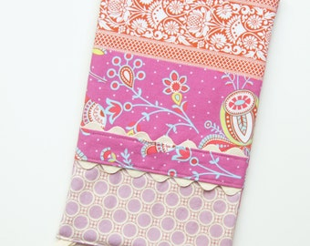 Oven Mitt - Hot Pad - Amy Butler - Sari Blooms and Lavender Dots