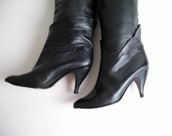 1980s SCALLOPED ITALIAN LEATHER tall boots, 7