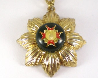 Gold Sunburst Pendant - Royal Symbol Necklace - Gold Black Red Vintage Jewelry