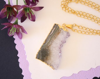 Amethyst Slice Crystal Pendant, Amethyst Necklace, Amethyst Slice, Gold Amethyst Slice, AMS125