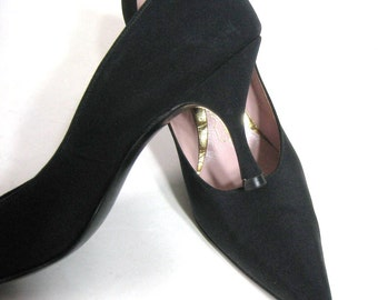 "50's Shoes Black High Heel Pumps, Vintage 3"" Hourglass Stiletto Pointed Toe, Matte Fabric & Leather, Mid Century Burlesque, 6.5 to 7 N"
