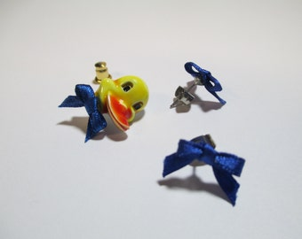 Vintage 70's Duck Tac Pin and Earring Set DEADSTOCK