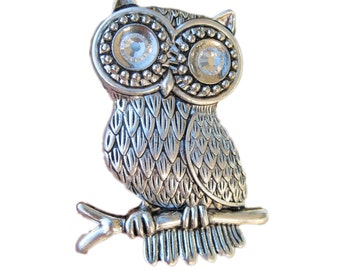 Owl Drawer Knobs - Furniture Knobs - Cabinet Knobs with Crystals in Silver (MK108)