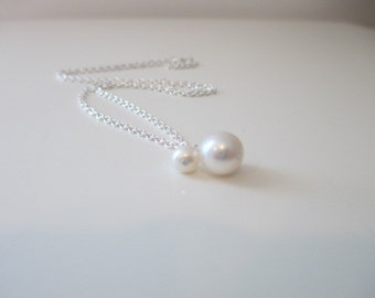 Pair of Pearls Necklace, Mommy and Me Necklace, Mother's Day Necklace, Mother and Child, Bridesmaid, Bridal, Delicate Necklace