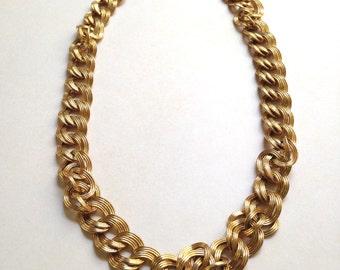Vintage MONET Necklace // CHUNKY Goldtone CHAIN Link Adjustable Necklace //