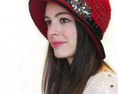 Cloche Hat in Red Wool, Bucket Hat-Crochet Hat in red, Red Cloche Hat, Red Wool Hat, Red Fedora