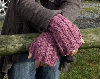 Quickie Lace Fingerless Mitts Pattern