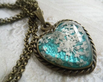 Queen Anne's Lace Bronze Heart Pressed Flower Pendant Atop Caribbean Ocean Turquoise-A Peaceful Heart-Gifts Under 30-Symbolizes Peace