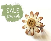Wooden Daisy Ring -Antique bronze filigree ring with wooden daisy and vintage button