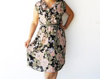 Vintage Floral Dress / Spring Flowers / Size M L