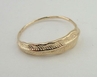Gold filled Ring, Feather Ring, Simple Ring, Gold Ring, 14k Gold Filled Ring , Delicate Ring, Birthday Gift, Gift For Her (gf1004)