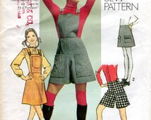 1970s Bibbed MiniSkirt & Shorts Pattern - Vintage Simplicity 9521 - Waist 25