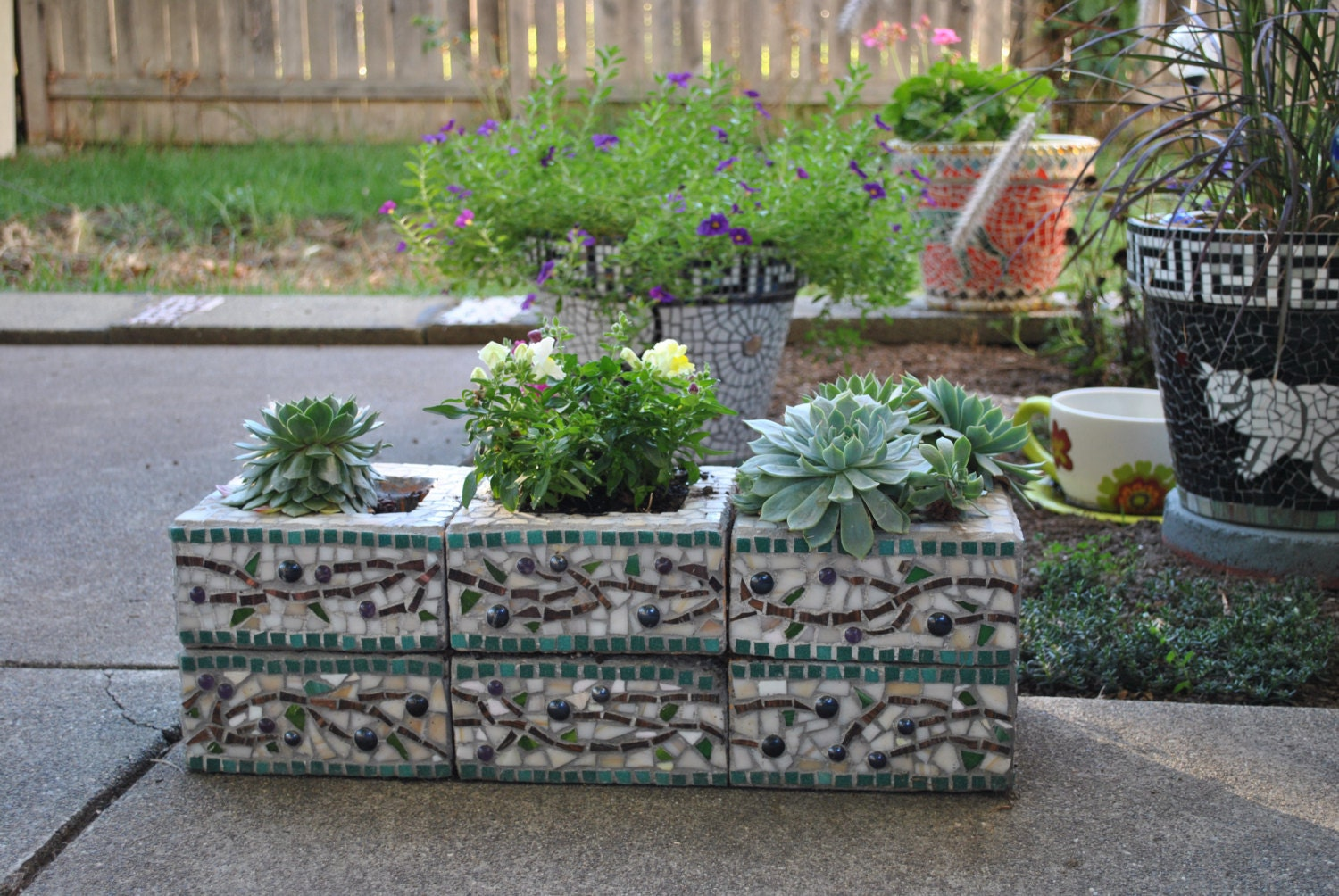 custom designed mosaic cinder block herb garden planter olive. Black Bedroom Furniture Sets. Home Design Ideas