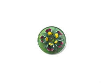 Vintage Flower Buttons Green Plastic Round Button w Hand Painted Flowers