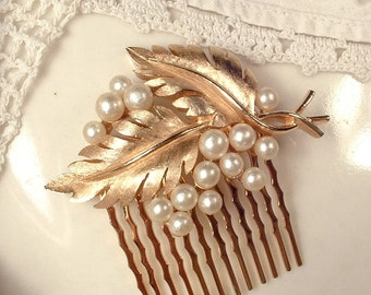 Vintage TRIFARI Ivory Pearl Brushed Gold Floral Spray Leaf Wedding Hair Comb, Signed Brooch to Bridal Leaves Headpiece Woodland Rustic