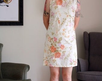 Vintage sheet fabric mini shift dress pinup short floral flower sixties 60s