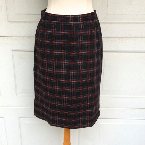 liz claiborne plaid wool pencil skirt 80s to 90s vintage