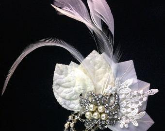 Fascinator, Wedding Head Piece, Feather Hair Clip ,Bridal Hair Piece, Bridal Hair Clip, Wedding Hair Clip