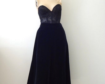 1950s Velvet Skirt - vintage midnight blue swing skirt - holiday cocktail attire