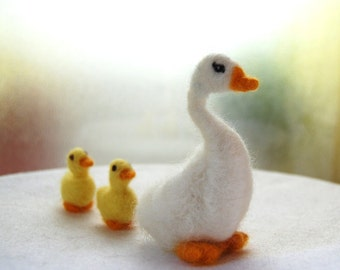 Needle Felted Bird. Felted Animals. Felted Goose. Felted Ducks. Felted Birds. Felted Duckling. Felted Animal. Wool felt duck. Kids Toy.