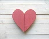 Distressed wooden pink heart/ heart wall hanging/ Love sign/ pallet art/ love heart
