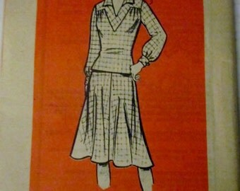 Marian Martin Mail Order 9178 Womens Skirt & Overblouse Sewing Pattern Bust 33
