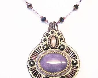 Purple Agate Beaded Purple And White Crystal Bead Embroidered Necklace
