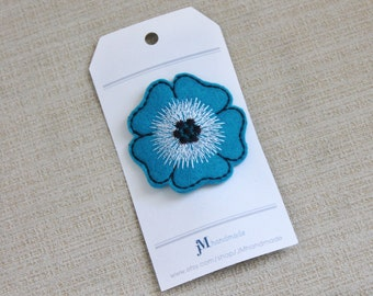 Hair clip for girls Teal blue Poppy flower 100% wool clip for girls