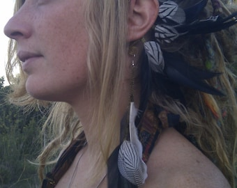 Gorgeous monochromatic feather ear cuff with goose, pheasant and rooster feathers with matching feather earring / tribal / elven / bridal