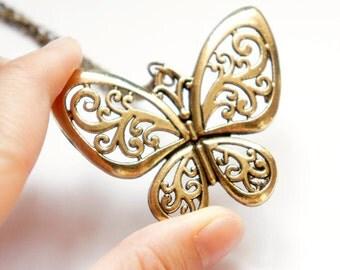 50% OFF Wind Pattern Butterfly Long Necklace