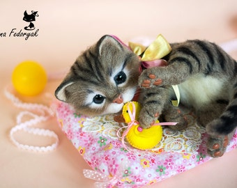 Kitten Munya - real sized Needle Felted toy (MADE TO ORDER)