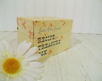 Retro Ladies Home Journal Recipe Treasure Box - Vintage Ohio Art Mid Century File Organizer - Never Underestimate the Power of a Great Meal