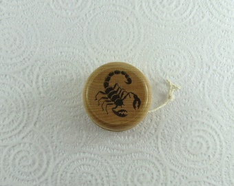 Wood Yo-Yo - Scorpion - Pyrography - BKInspired