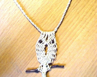 Vintage macrame owl necklace