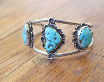 Turquoise Bracelet / Vintage Sterling Silver Cuff / Southwest Turquoise Jewelry