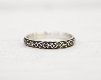 Diamond Pattern Wedding Band - Sterling Silver - Art Deco - Stacking Ring - Pattern Band - Antiqued Silver - Gift for Girlfriend